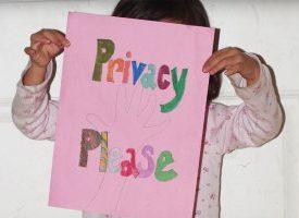 چگونه مفهوم «حریم شخصی» را به کودکان آموزش دهیم؟